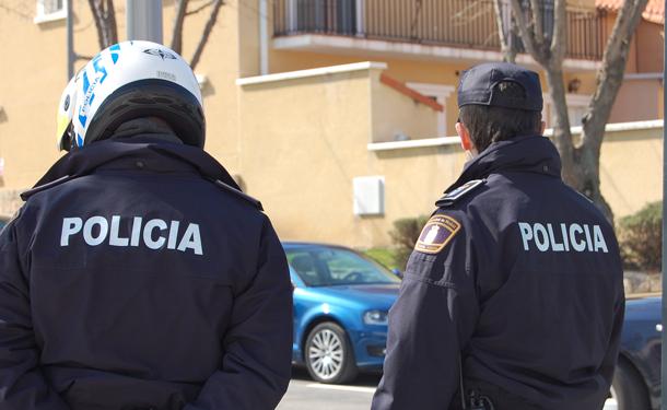 Resultado de imagen de arresto policia nacional