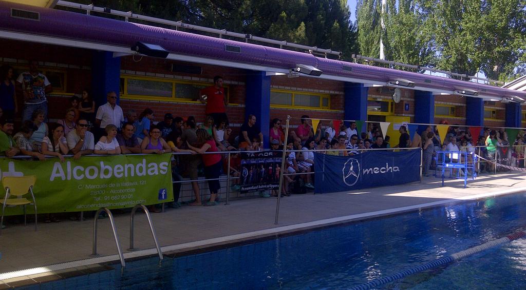 Xito de participaci n en el trofeo de nataci n de alcobendas for Piscina de alcobendas