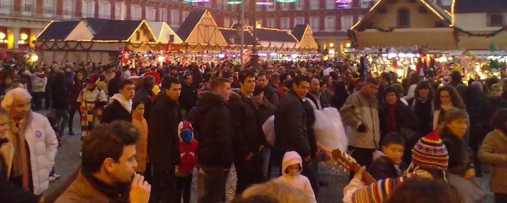 Cinco mercados tradicionales de navidad en madrid - Mercado de navidad en madrid ...