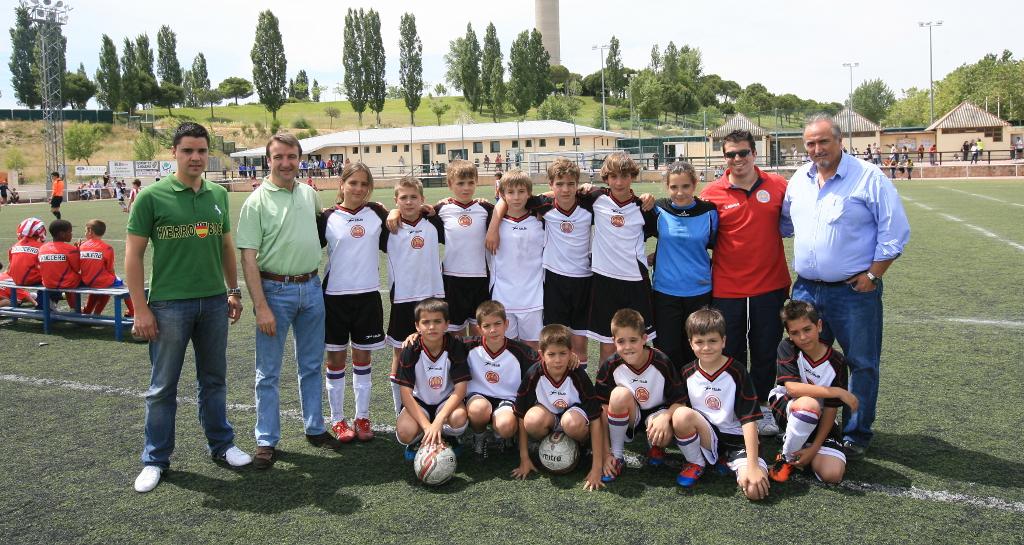 el c d f tres cantos premiado en la gala de f tbol madrile a On federacion madrilena de futbol 7 benjamin