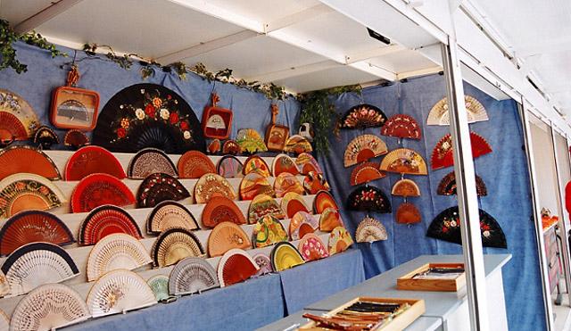 Mercado de artesan a de madrid for Artesanias de espana