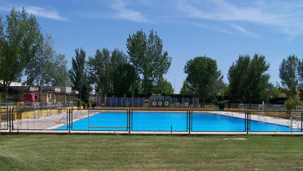 comienza la temporada de piscina de verano en algete