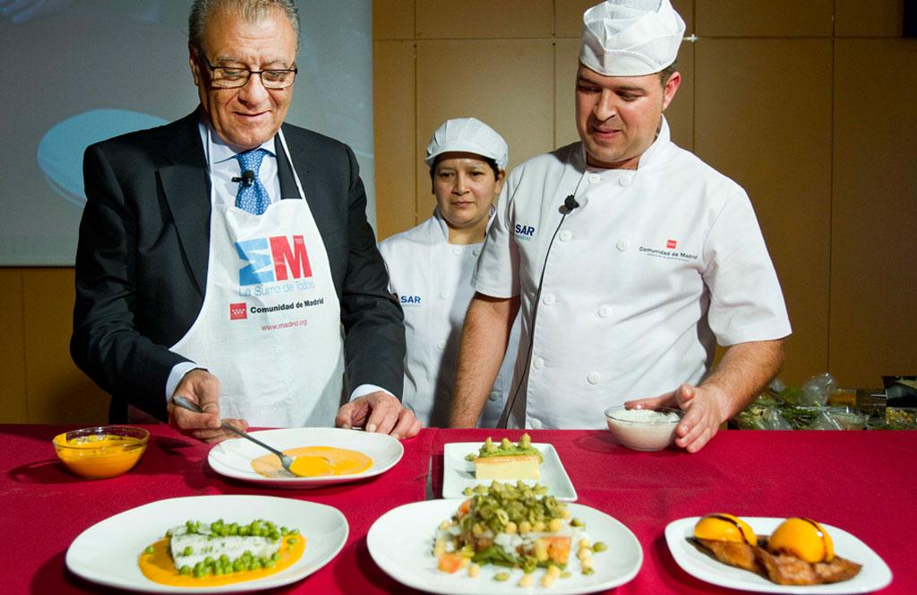 Un robot que cocina para personas con esclerosis m ltiple - Que hace un robot de cocina ...