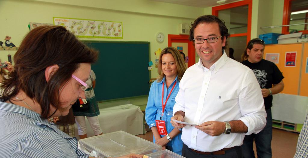 Jorge-votando-web