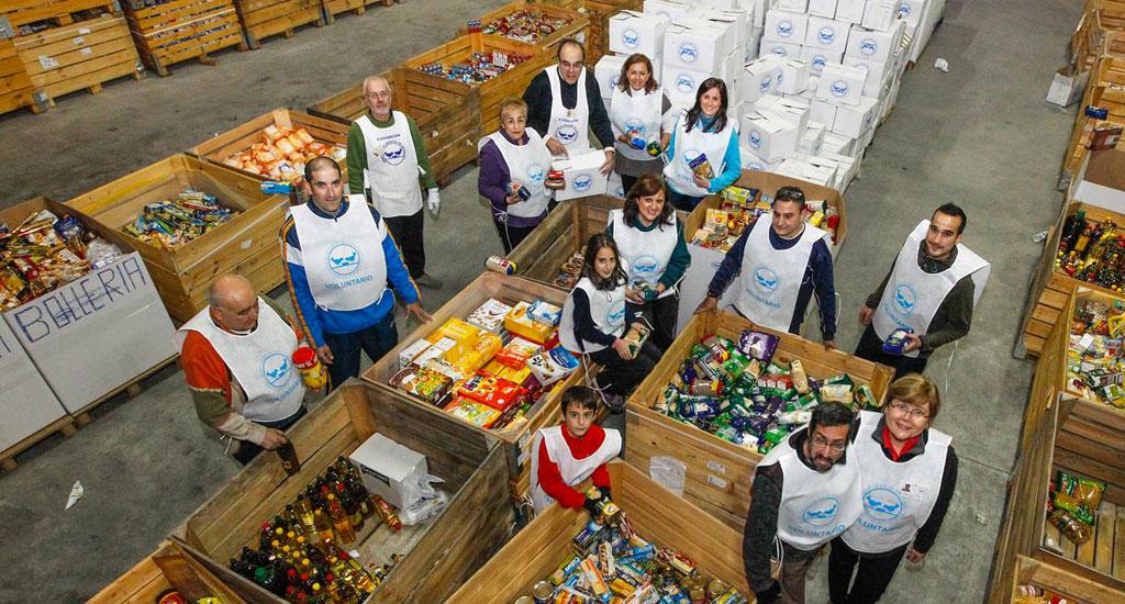 la gran recogida de alimentos necesita de 22.000 voluntarios para