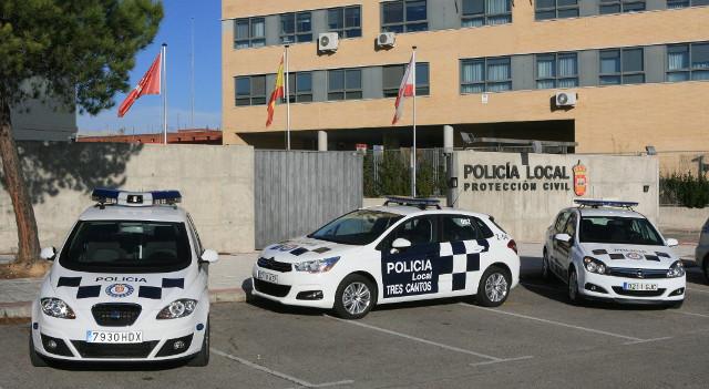 La Policía de Tres Cantos estrena nuevos coches y motos