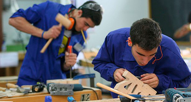 Contrato de trabajo indefinido para jóvenes