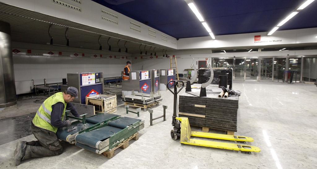 la estaci n metro nuevos ministerios gimnasio parking