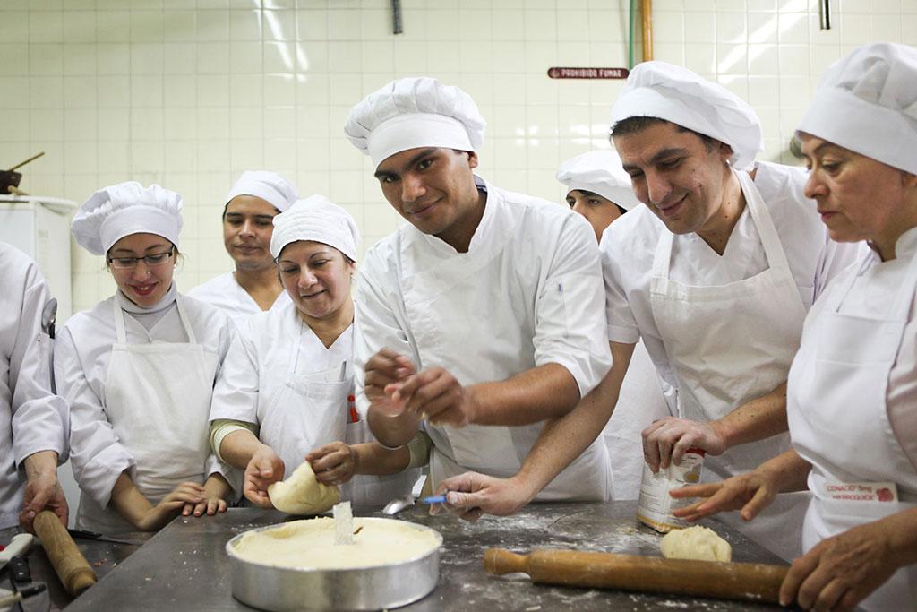 Ayudas para la formaci n profesional con contratos de trabajo for Formacion profesional cocina
