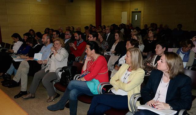 El pp celebr un encuentro con familias numerosas de for Alojamiento familias numerosas