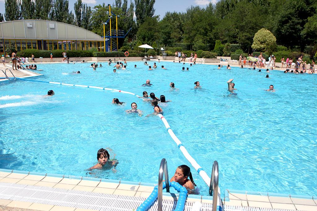 Vigilancia y control de las piscinas en alcobendas for Piscina de alcobendas