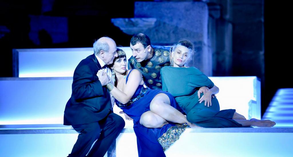 César-Cleopatra-teatro