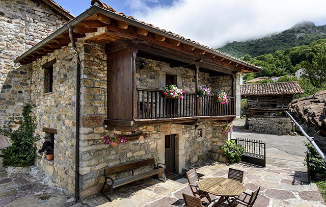 Sajambre-Rural-Oseja-de-Sajambre-Leon