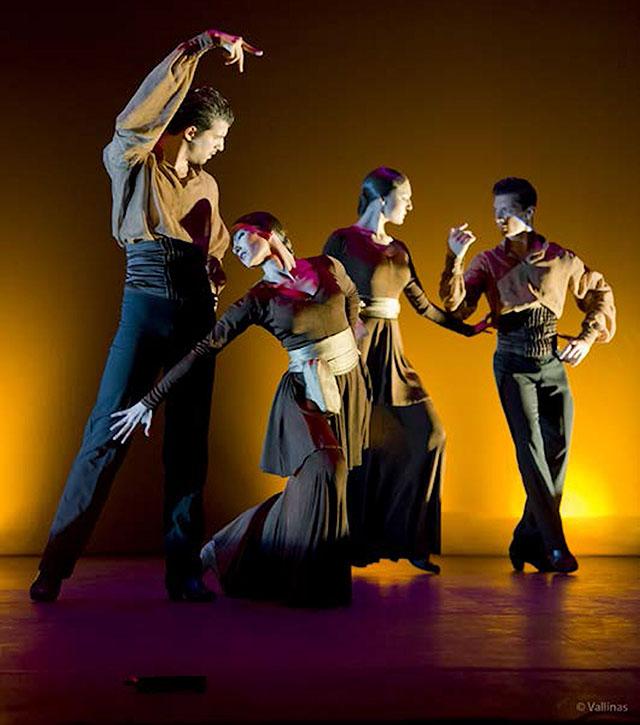 Danza espa ola de lujo en el tam de san sebasti n de los reyes for Escuela danza san sebastian de los reyes