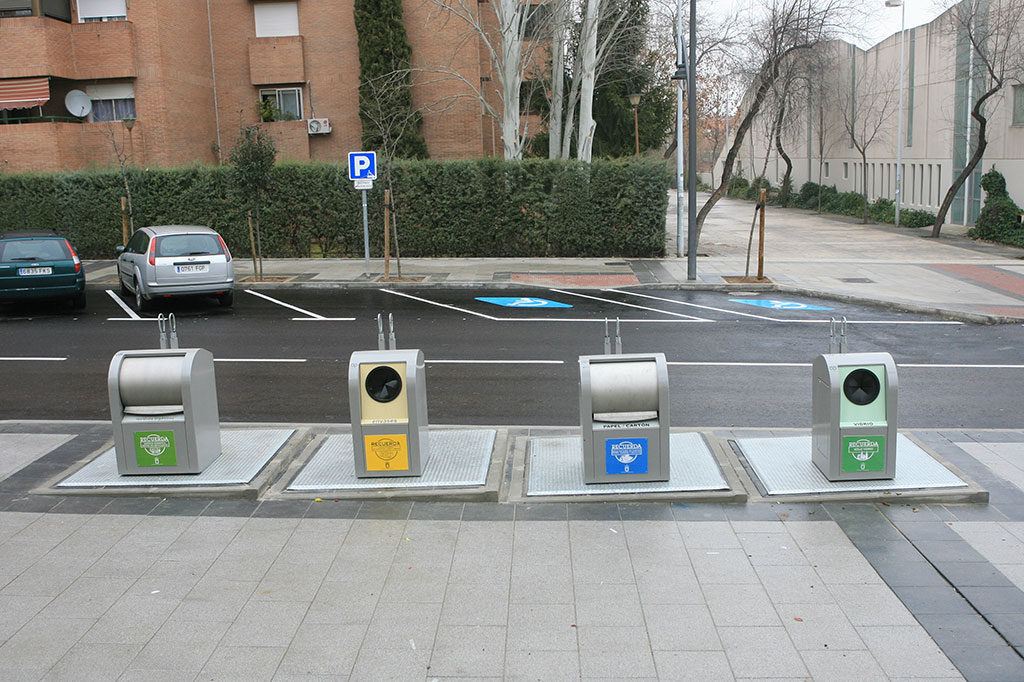 reciclar_contenedores_sibterraneos_tres_cantos_1024