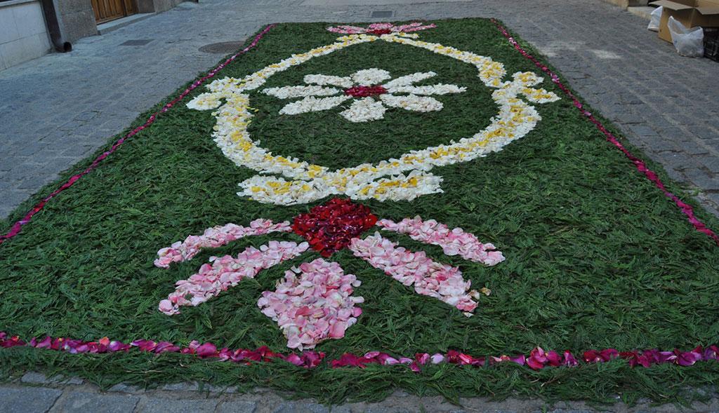 No Te Pierdas Las Alfombras Florales Del Corpus Christi En Torrelaguna