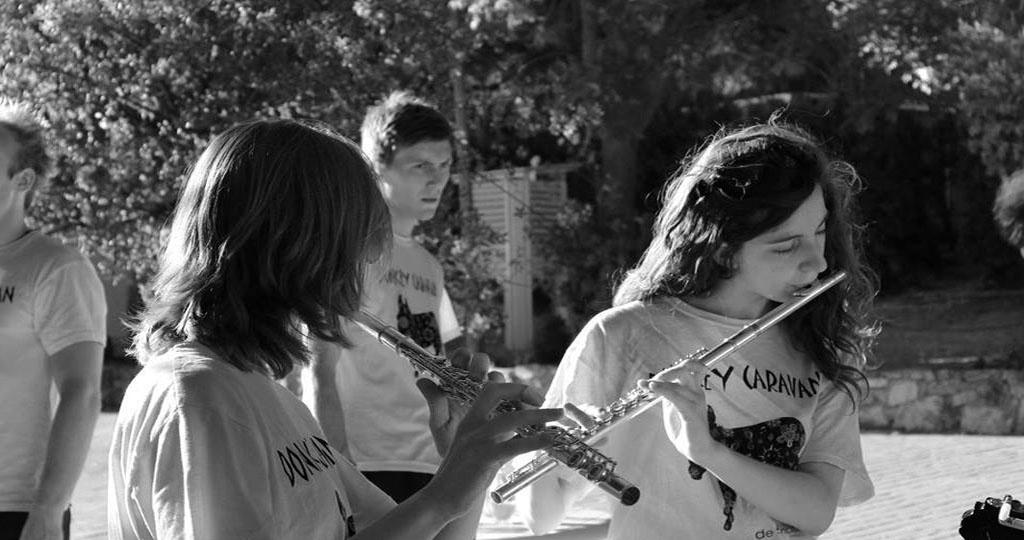 jovenes-actuacion-instrumentos