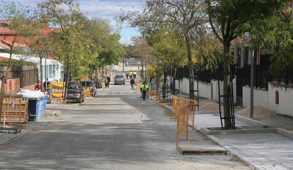 Tres cantos contin a con sus mejoras viales en las calles - Obra nueva tres cantos ...