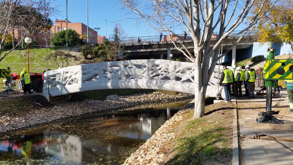 puente-peatonal-1024