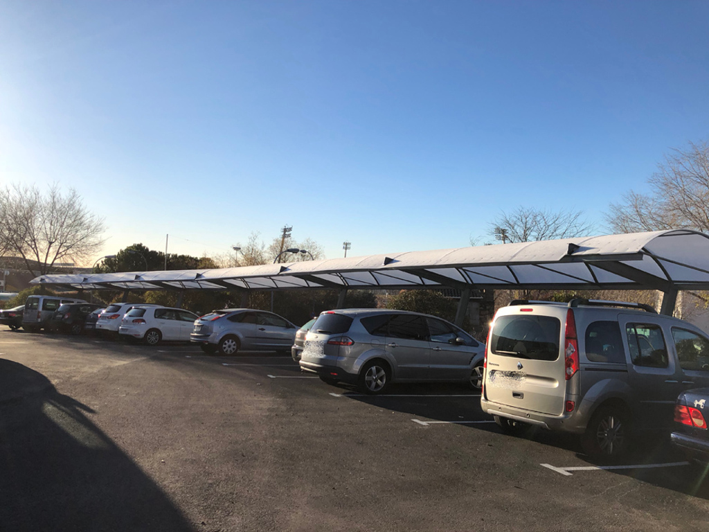 m s plazas de aparcamiento para la explanada de prado