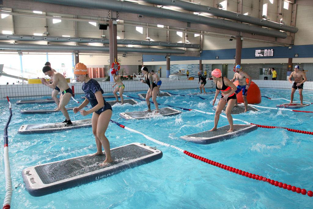 El abono deporte de alcobendas incorpora el aqua board for Piscina valdelasfuentes
